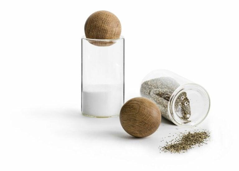 Oak suola-/pippurisetti, 2 osaa, tammikorkilla